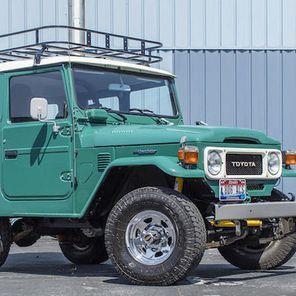 Toyota FJ40 Land Cruiser należąca do Toma Hanksa