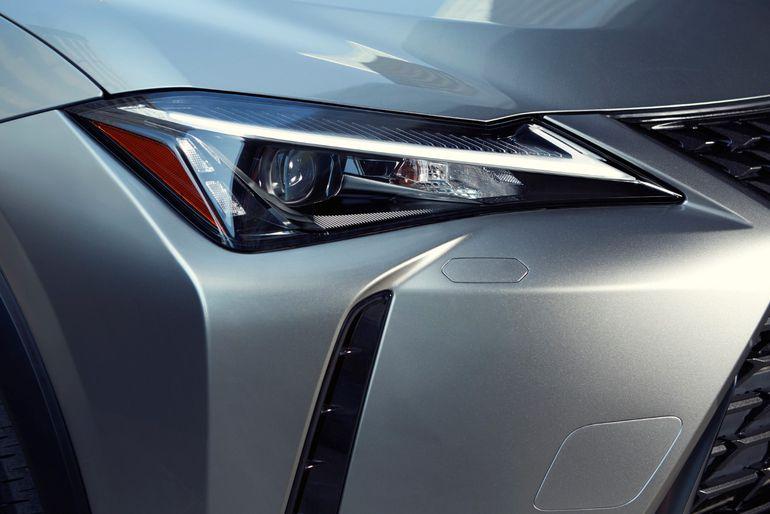 Lexus UX - w nowej wersji stylistycznej F Impression zyskuje jeszcze bardziej muskularny wygląd