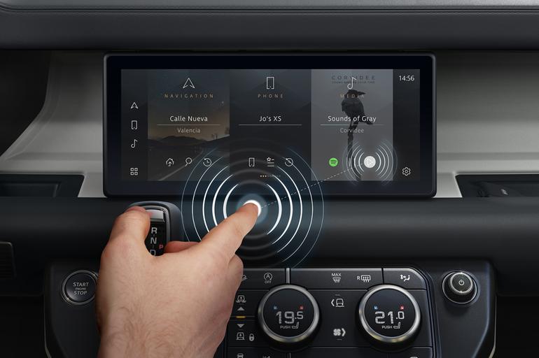 Jaguar Land Rover opracował bezkontaktowy ekran dotykowy