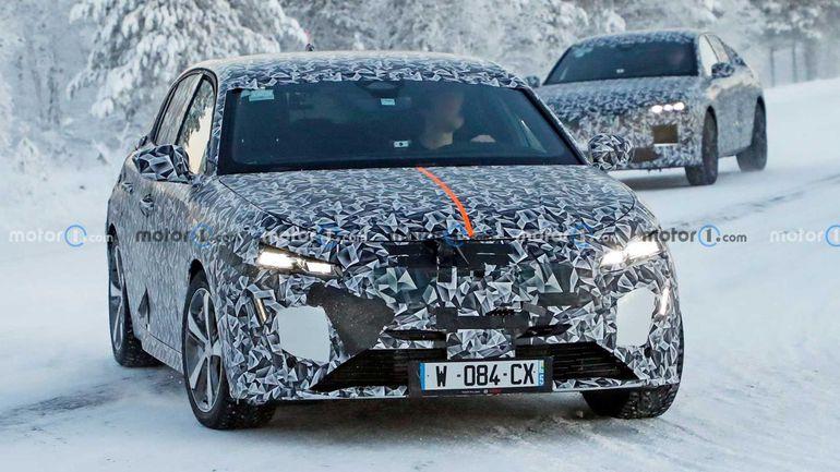 Peugeot 308 2021 - przyłapany w kamuflażu na testach drogowych w Szwecji!