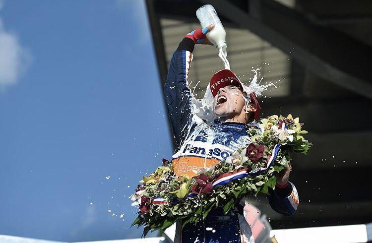 Takuma Sato wygrywa Indy 500