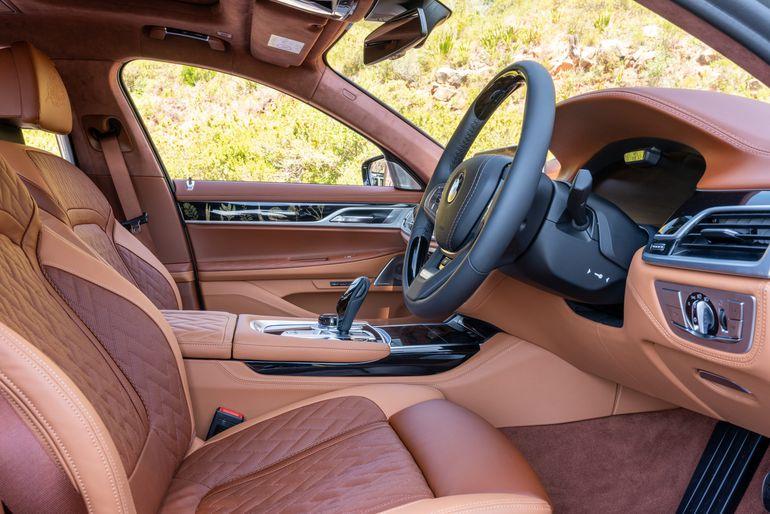 BMW 745Le xDrive - jako jeżdżące dzieło sztuki. Jedyny taki na świecie!