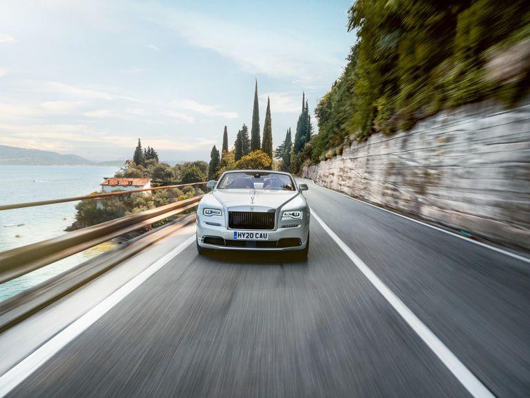 Rolls-Royce musi być unikatowy! Chętni na jego kupno wydają krocie na personalizację