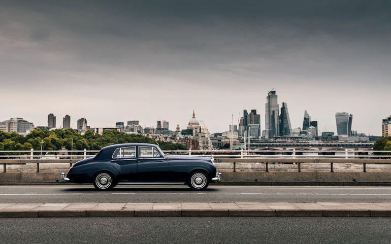 Lunaz przedstawia pierwszego elektrycznego Rolls-Royce'a