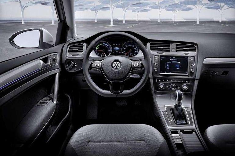 Volkswagen E-Golf: czas pożegnać się z tym elektrykiem. Jaki model go zastąpi?