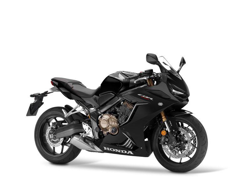 Honda CBR650R - w nowej, ostrej stylistyce. Dane techniczne