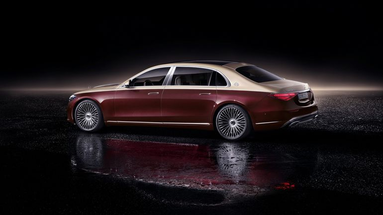 Mercedes-Maybach Klasy S: aby cieszyć oko dwukolorowym lakierem trzeba poczekać dodatkowy tydzień