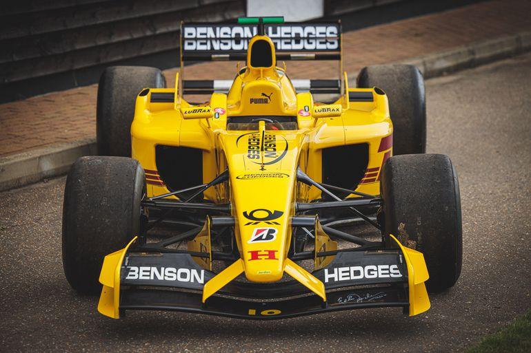 Chcesz mieć bolid Formuły 1? Jordan EJ12 właśnie trafił na aukcję!