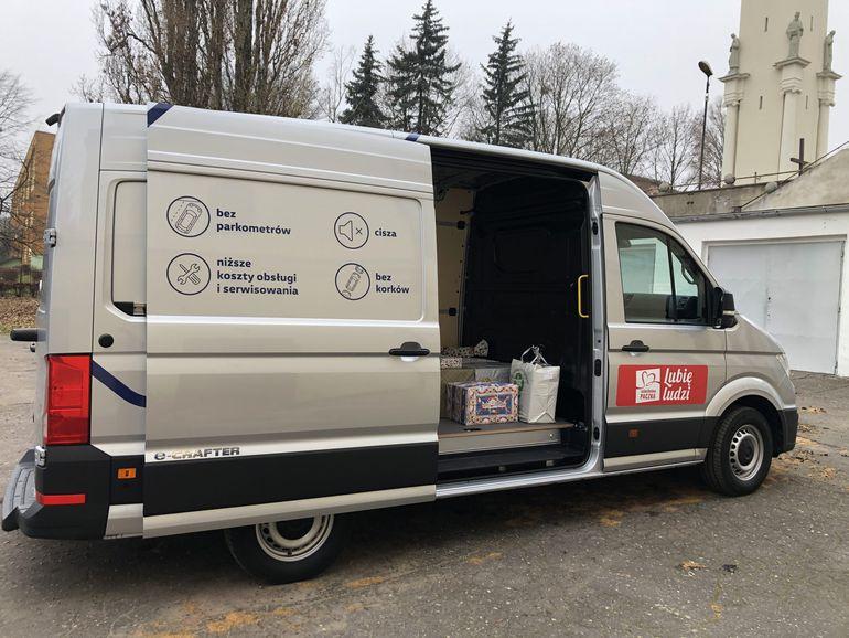 Volkswagen Samochody Dostawcze pomaga Szlachetnej Paczce