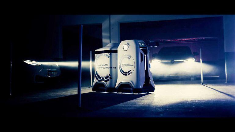 Ładowanie samochodów elektrycznych wejdzie na nowy poziom? Volkswagen ujawnił prototyp robota