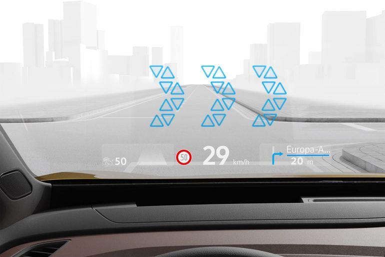 Volkswagen wprowadza do wyposażenia kompaktów wyświetlacz head up. Jak działa?