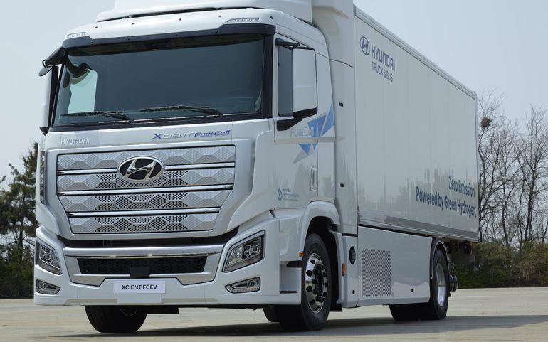 Hyundai Xcient Fuel Cell - pierwsza na świecie ciężarówka na wodór