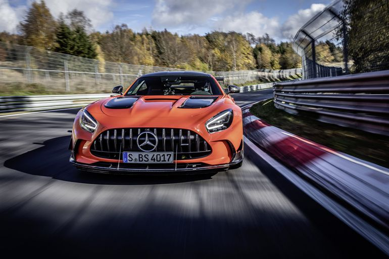 Mercedes-AMG GT Black Series podbija tor Nürburgring - zobaczcie ten niesamowity przejazd!