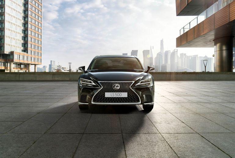 Lexus LS 500h – odświeżona wersja luksusowego sedana