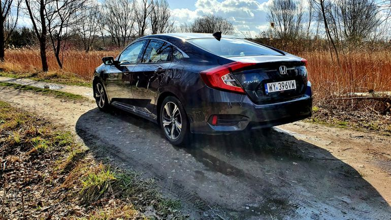 Test Honda Civic 1.5 CVT 182 KM 4D