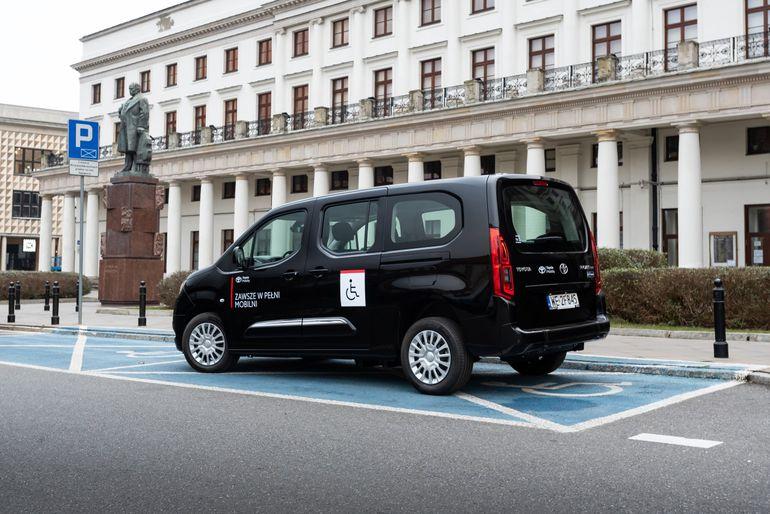 Toyota Proace City Mobility - kompaktowy van, który zadba o podróż także niepełnosprawnych