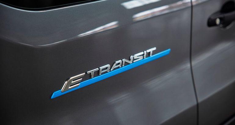 Ford E-Transit, czyli nadszedł czas na elektryczne dostawczaki. Zasięg do 350 km!
