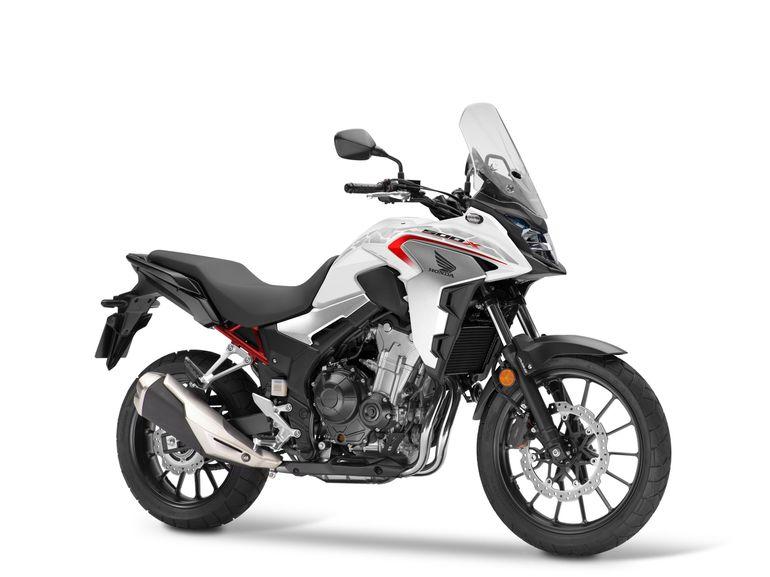 Honda CB500X 2021 - kompaktowy motocykl typu adventure w nowych wersjach kolorystycznych. Dane techniczne