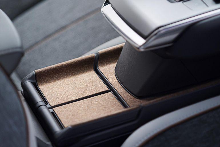 Samochód z elementami z korka - zaskakujące wykorzystanie eko tworzywa w motoryzacji