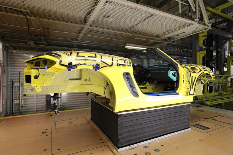 Kupujesz nowe Porsche? Możesz śledzić jak powstaje Twój samochód