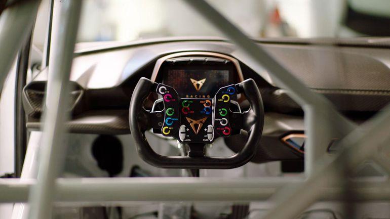Cupra e-Racer. Pierwszy w pełni elektryczny samochód wyścigowy już gotowy do startu