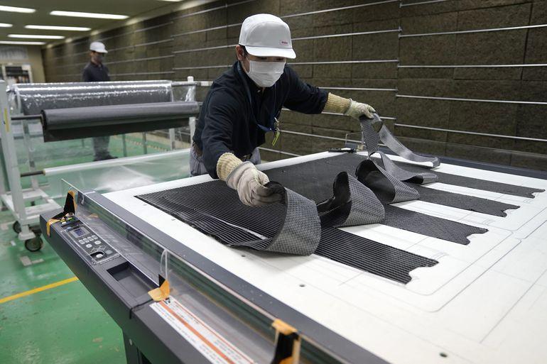 Przełom w produkcji kompozytów z włókna węglowego! Teraz samochody będą bardziej bezpieczne, oszczędne i przyjemne w prowadzeniu