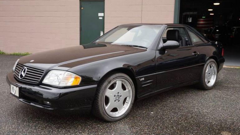 Dwa roadstery Mercedes-Benz SL z 2001 i 2002 roku wystawione na sprzedaż!