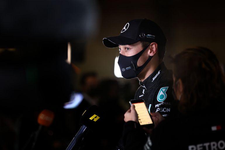 GP Sakhiru: Sergio Pérez  sensacyjnym zwycięzcą, Mercedes zrujnował wyścig swoim kierowcom