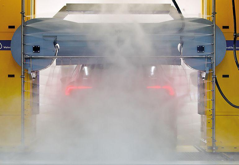 Jak testuje się auta na wodoszczelność?
