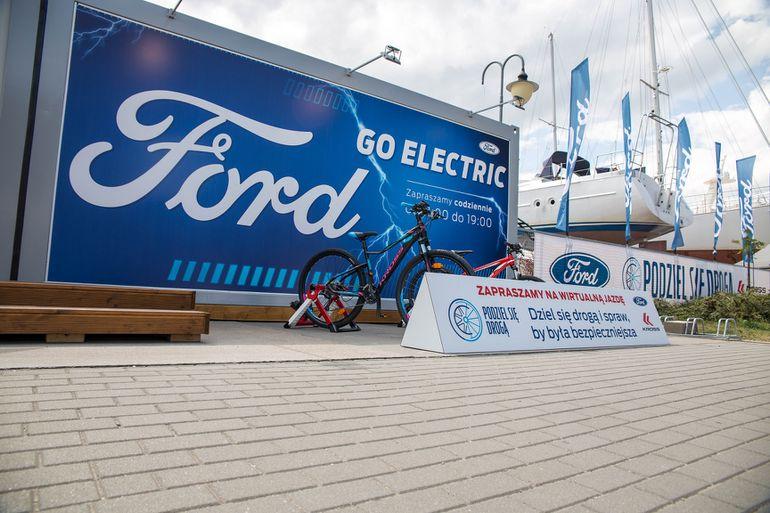 """""""Podziel się drogą"""" - ruszyła kampania społeczna Forda skierowana do kierowców i rowerzystów"""