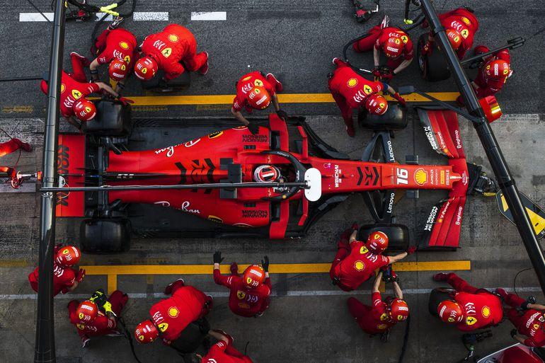 Ferrari nie wygra wyścigu przed sezonem 2022. Czy to upadek legendy?