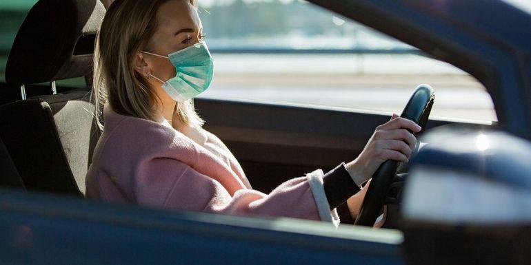 Koronawirus i dezynfekcja samochodu – czy ozonowanie auta zlikwiduje wirusa?