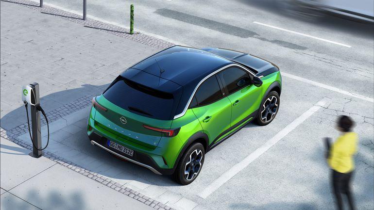 Nowy Opel Mokka bez kamuflażu jest zwinny i energetyczny. Zobaczcie zdjęcia!
