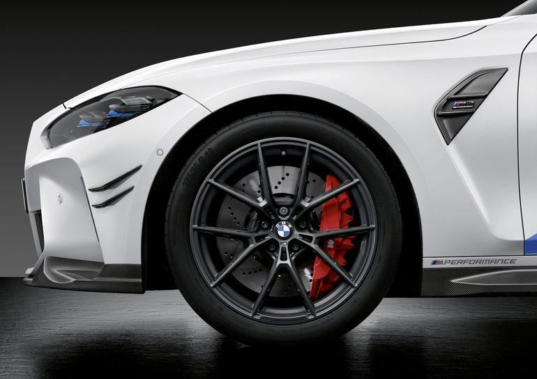 BMW M3 Limuzyna i BMW M4 Coupé - akcesoria M Performance Parts z karbonu i alcantary