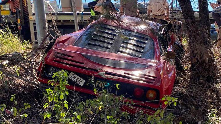 Podczas jazdy próbnej zniszczył Ferrari F40 warte fortunę. Smutny widok!