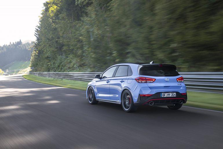 Nowy Hyundai i30 N - dostępny z ośmiobiegową dwusprzęgłową skrzynią biegów. Zobaczcie zdjęcia!