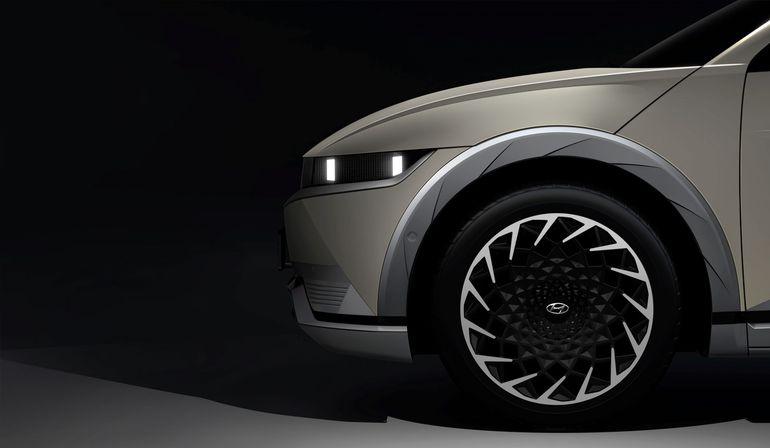Hyundai Ioniq 5 - producent zaprezentował zdjęcia zwiastujące nowy model!