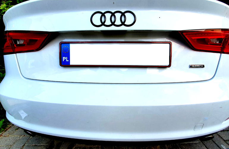 Ramki na tablice rejestracyjne - biżuteria samochodu nie tylko dla kobiet