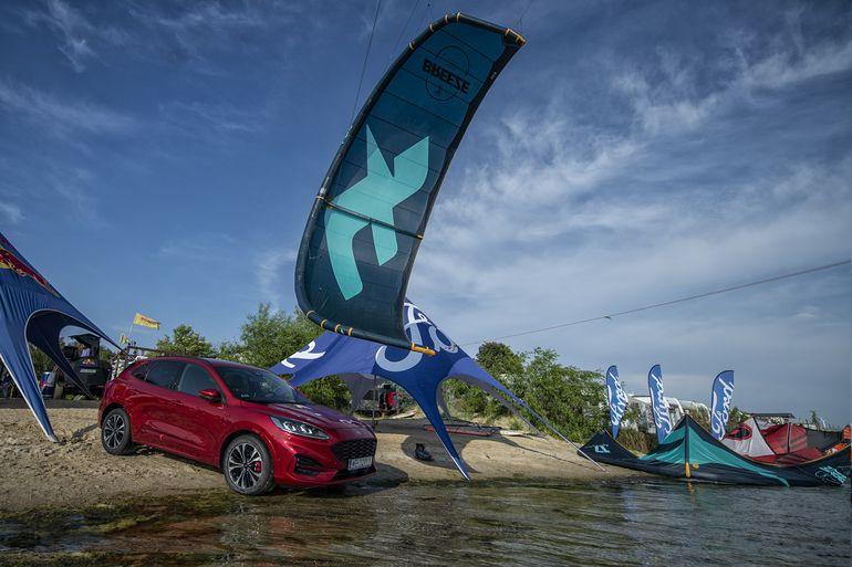 Zawody Ford Kuga Kite Challenge w Rewie startują 24 lipca. Gratka dla fanów kiteboardingu!