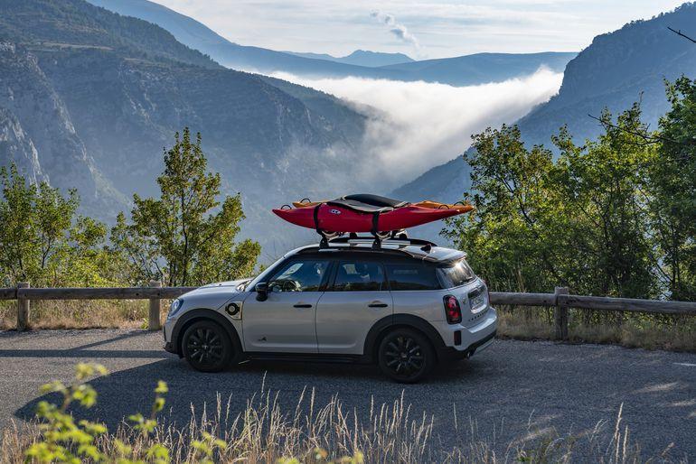 """Podróże z Mini Cooper SE Countryman ALL4: """"francuski Wielki Kanion"""" i rafting turkusowymi wodami Verdonu"""