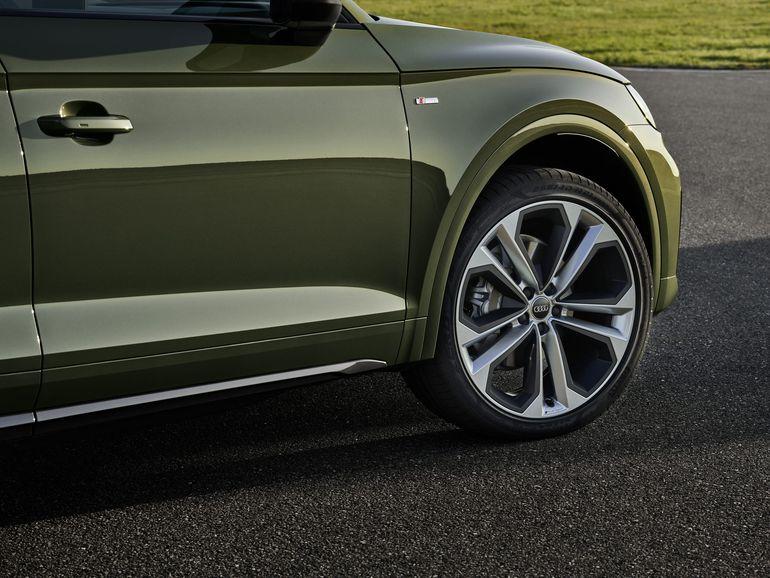 Audi Q5 odświeżone. Nowy napęd hybrydowy i lampy OLED
