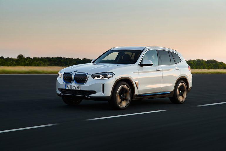 BMW iX3 - pierwszy, elektryczny SUV bawarskiego producenta. Na debiut w Europie zaczekamy do następnego roku