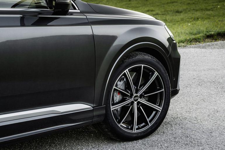 Audi SQ7 i Audi SQ8 z silnikiem V8 TFSI. Do