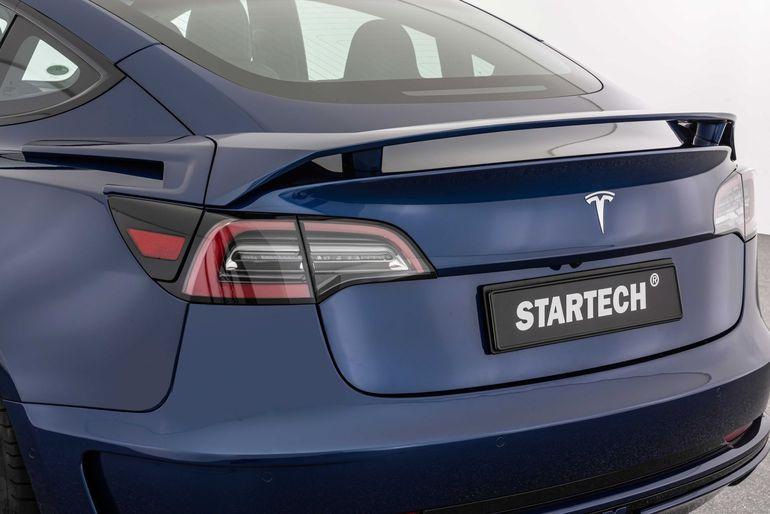 Tesla Model 3 w