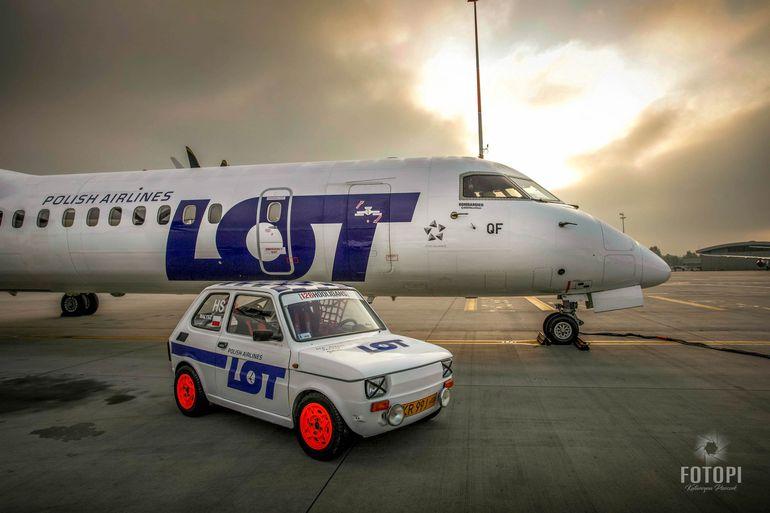 Polski Fiat 126 PLL LOT z rejsowymi samolotami PLL LOT - Embraer 195 i Bombardier Q400
