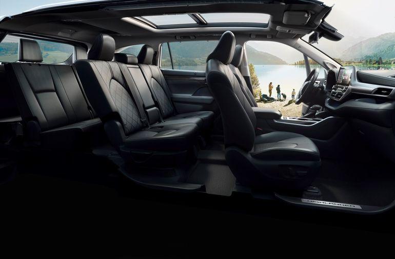 Toyota Highlander wjeżdża na polski rynek – znamy ceny!