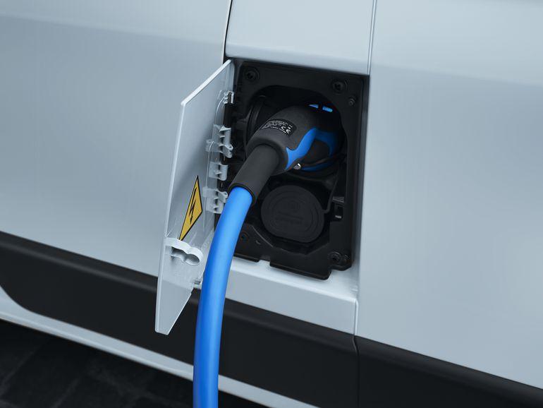 Peugeot e-Boxer – nowy van ze 100% napędem elektrycznym