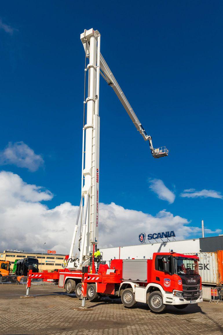 Scania zaprezentowała najdłuższy podnośnik na podwoziu w Europie!