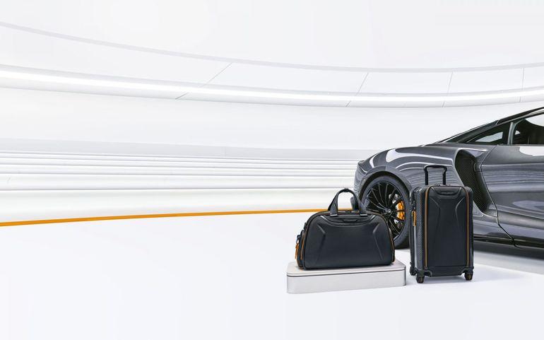 Podróżuj w motoryzacyjnym stylu i spakuj się w walizkę inspirowaną McLarenem Senna GTR