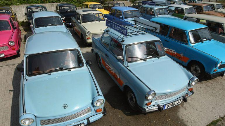 Niemcy wolą jeździć Trabantem, niż Teslą? Ciekawe statystyki cieszą entuzjastów klasyków